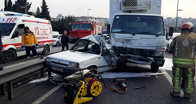 Bakırköy E-5'te feci kaza: 1 kişi hayatını kaybetti