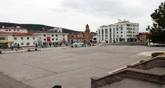 YOZGAT KENT MERKEZİNDE 'KORONAVİRÜS' SESSİZLİĞİ