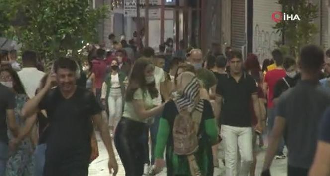 Koronavirüs unutuldu, İstiklal Caddesi vatandaşlarla doldu