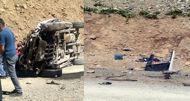Hakkari Yüksekova'da araç uçuruma yuvarlandı: 6 ölü
