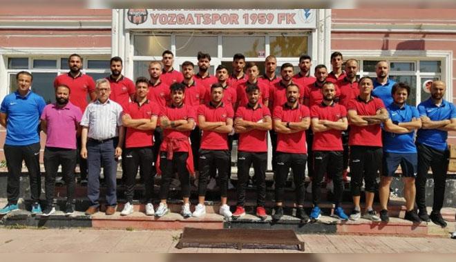 YOZGATSPOR 1959 FK DEPLASMANA 14 FUTBOLCUSU İLE GİDİYOR