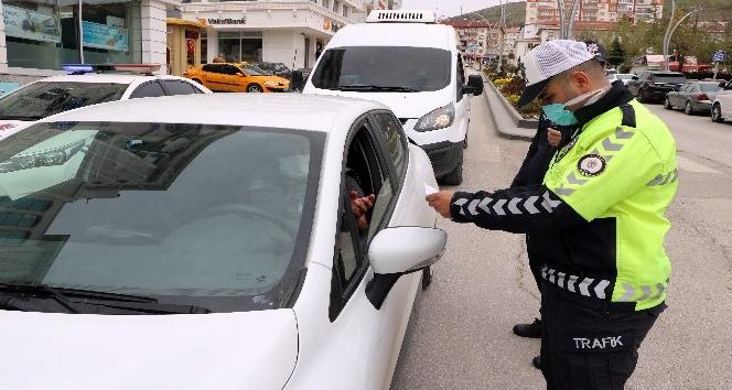 YOZGAT POLİSİNDEN  KAPANMA SÜRECİNDE İZİN BELGESİ DENETİMİ