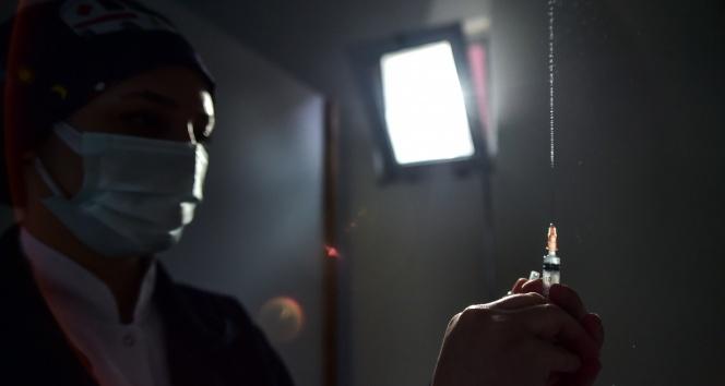 Türkiye dünya genelinde en çok Covid-19 aşısı yapan 7. ülke